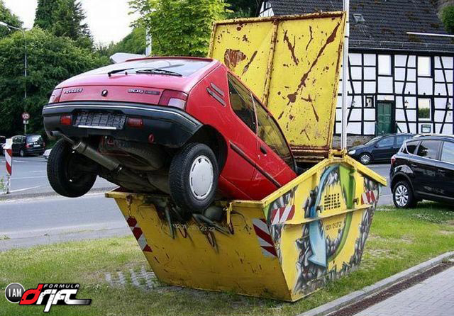 Funny-Car-Crash-Picture.jpg